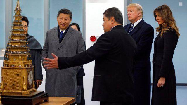 两国领导人夫妇
