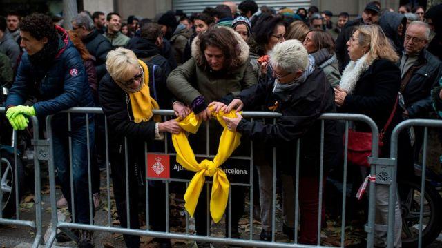 Желтый бант в Барселоне