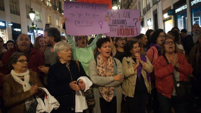 Митинг в Барселоне после решения суда