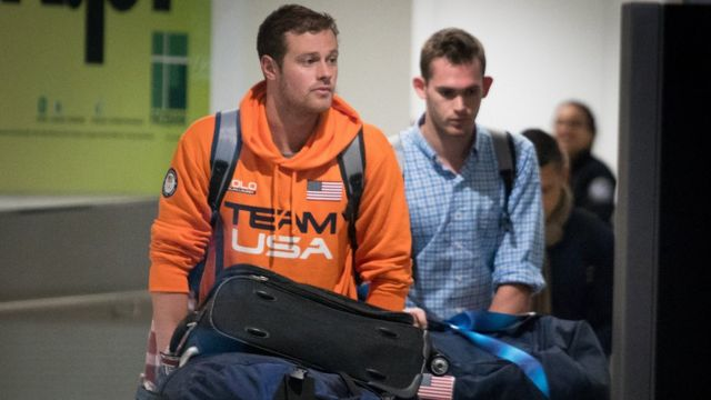 Rio Olympics: Swimmer Lochte apologises for 'robbery' saga