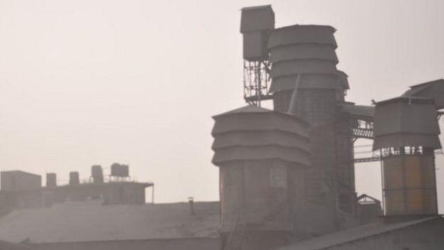 โรงงานผลิตปูนซีเมนต์ใกล้ลุมพินีคือที่มาของฝุ่นละอองในอากาศและมลพิษระดับสูง