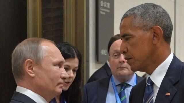 Prezida Vladimir Putin w'Uburusiya (i bubamfu) na prezida Barack Obama ntibari bafitaniye imigeneranire myiza