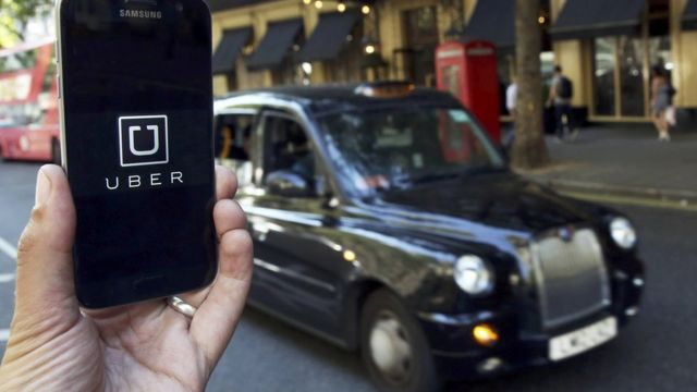تاكسي لندن الشهير في مواجهة تطبيق أوبر