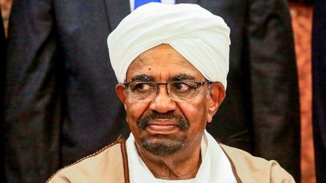 Pirezidaantii Sudaan aangoo irraa kaafaman Omar Al Bashir