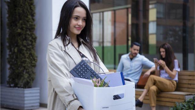 Des travailleurs quittent pour des postes moins bien payés mais qui offrent plus d'avantages, de mobilité et de compassion