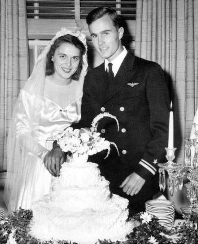 Барбара Буш и Джордж Буш-старший