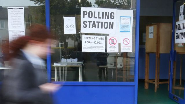 European elections 2019: EU citizens turned away from UK polls
