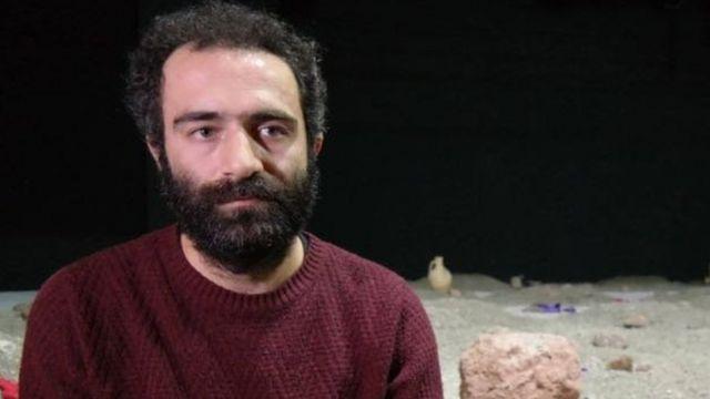 Amed Şehir Tiyatrosu'ndan Yavuz Akkuzu.