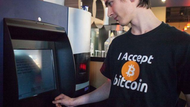 Robert Brydon Bitcoin - A walesi színészt érdeklik a kriptopénzek?