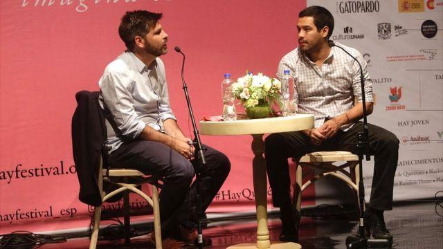 Arturo Wallace (BBC Mundo) y Óscar Martínez (escritor).