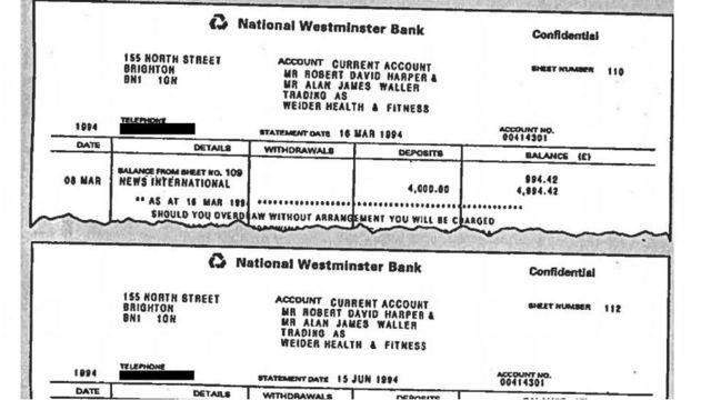 Extractos bancarios falsos fueron utilizados por Bashir para ganar la confianza de Diana.