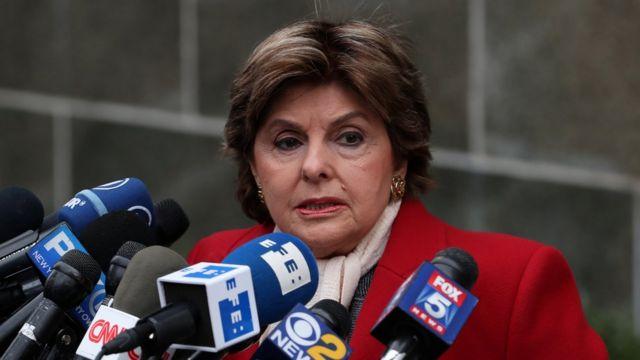 La abogada Gloria Allred a las puertas del tribunal de Nueva York que juzga a Harvey Weinstein