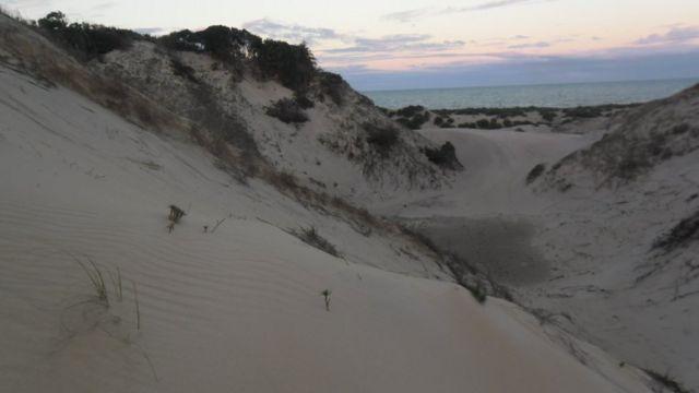 As dunas de Itaúnas chegam a mais de 30 metros de altura