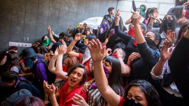 Estudantes protestam no Chile.