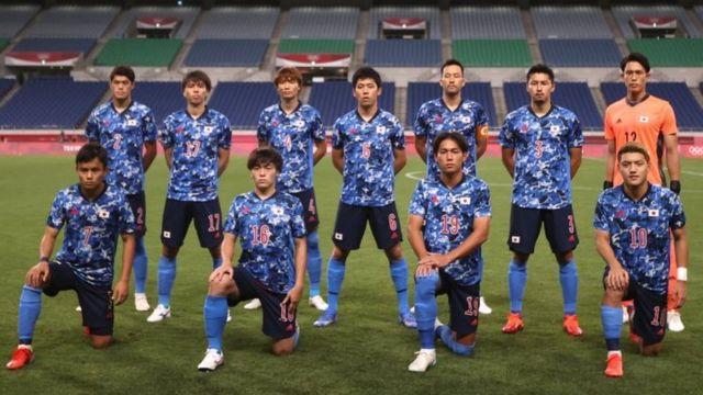 東京五輪】 サッカー男子、日本が3連勝で予選突破 ラグビー男子はフィジーが金 - BBCニュース