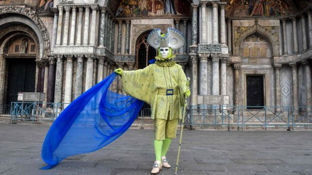 Koronavirüs İtalya'nın kuzeyinden güneyde Toskana ve Sicilya'ya da ulaştı.