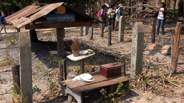 قبر بول بوت