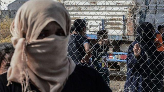 نازحة عراقية