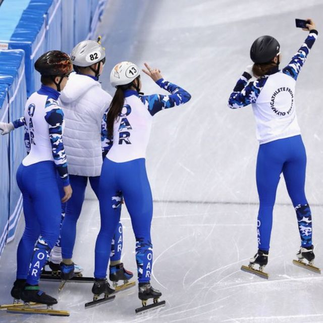 Las siglas del equipo OAR se ven claramente en los uniformes.