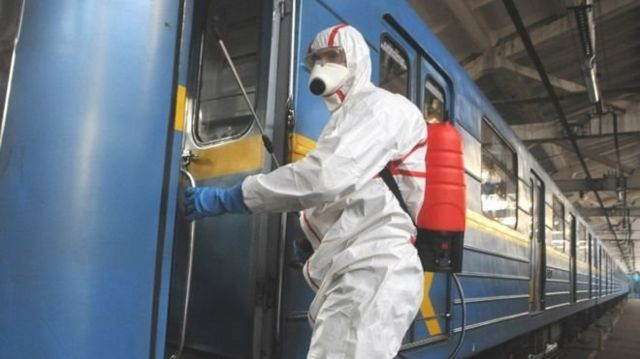 Автобуси і потяги за сертифікатами. В Україні планують посилити карантин