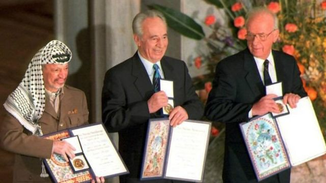 Yasser Arafat, Shimon Pérès