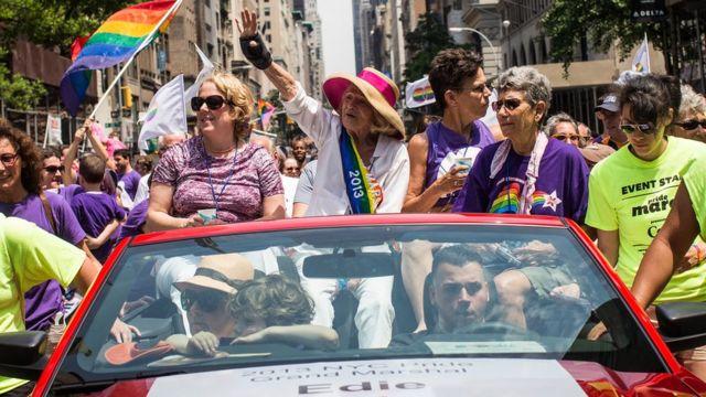 2013年のゲイ・プライド行進でのウィンザーさん