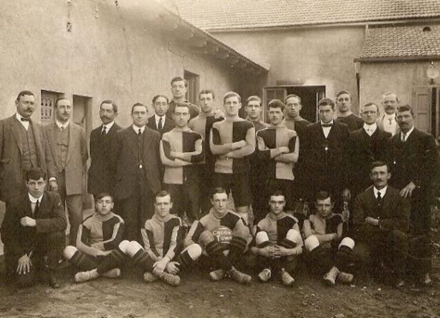El Barcelona jugó 10 partidos contra el Crook Town.
