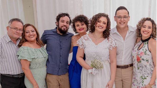 Nilton Barreto dos Santos y su familia.