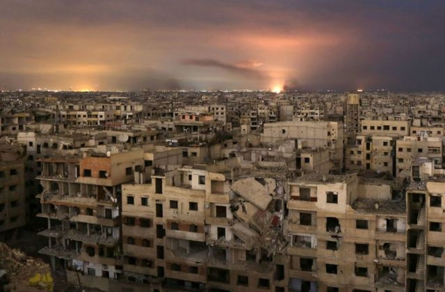 Восточная Гута подвергается ожесточенным бомбардировкам со стороны сирийских ВВС при поддержке ВКС России