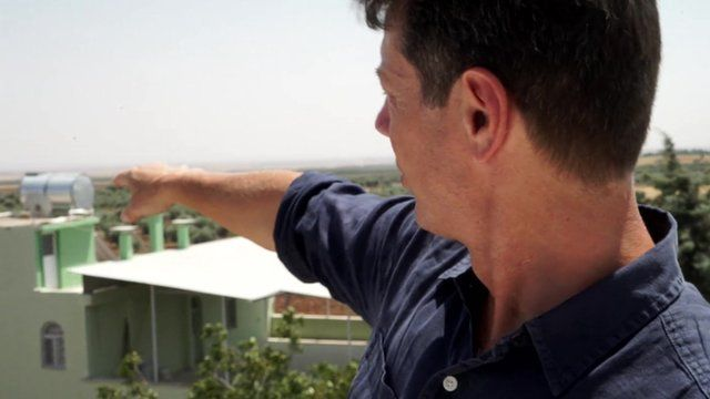 Ian Pannell near the Turkey-Syria border