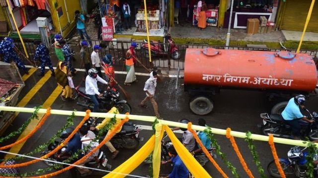 அயோத்தி நகரம் எப்படி இருக்கிறது?