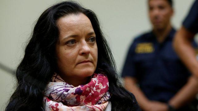 Beate Zschäpe no tribunal em 11 de julho