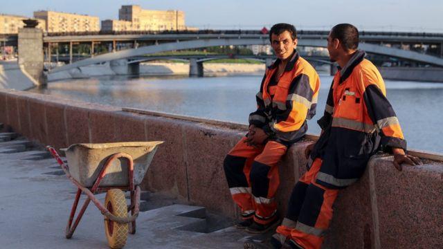 Реконструкция Смоленской набережной в Москве