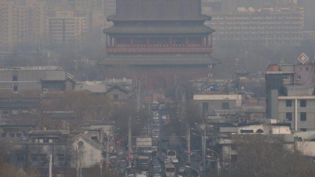 চীনের শহরে ধুসর রঙের আকাশ