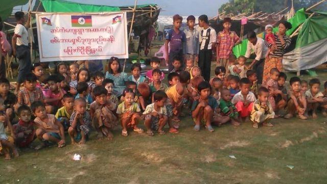 ဆင်ကဲဒုက္ခသည်စခန်းမှာ သောက်သုံးရေနဲ့ စားနပ်ရိက္ခာပါ လိုအပ်နေ