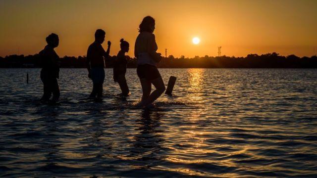 Turistas en Bacalar
