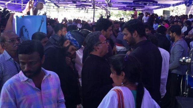 காவிரி மற்றும் ஸ்டெர்லைட் பிரச்சனைக்காக திரண்ட திரை உலகத்தினர்