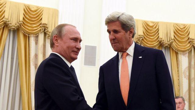 Президент России Владимир Путин и госсекретарь США Джон Керри в Москве