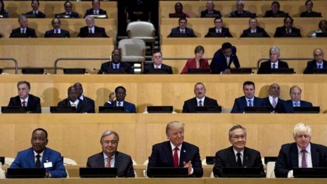 ประธานาธิบดีโดนัลด์ ทรัมป์ แห่งสหรัฐฯ และนายอันโตนิโอ กูเตอร์เรส เลขาธิการสหประชาชาติ (ที่สองจากซ้าย)