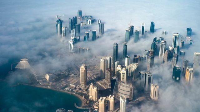 從高空俯瞰卡塔爾首都多哈(資料圖片)