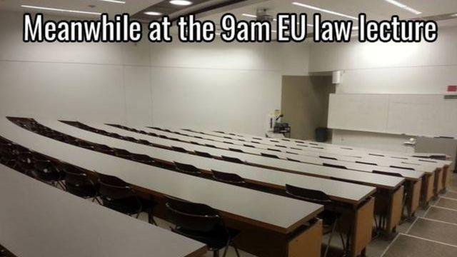 Salón de clase vacío