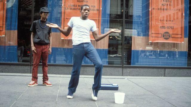 Breakdancers, B-Boys on the street, 5th Avenue, New York, USA 1981