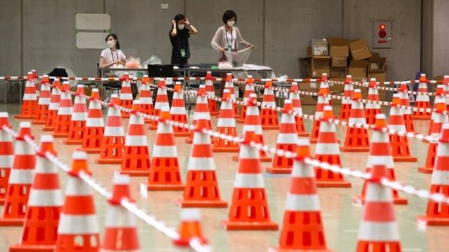 Cones arranged for test lines at an Olympic site