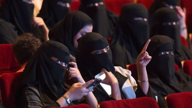 abaya arab saudi