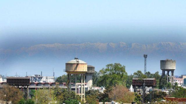 कोरोना वायरस: भारत में लॉकडाउन प्रदूषण के मोर्चे पर एक वरदान है? - BBC News हिंदी