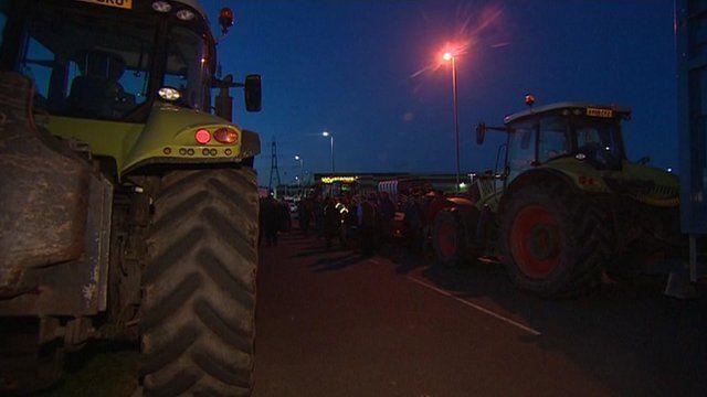 Tractor blockade at Morrisons