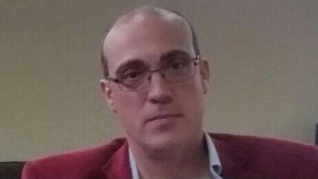 El profesor Marcos Criado de Diego cree que hubiera sido preferible incluir el nombre de los actores que llegaron al acuerdo en la pregunta.