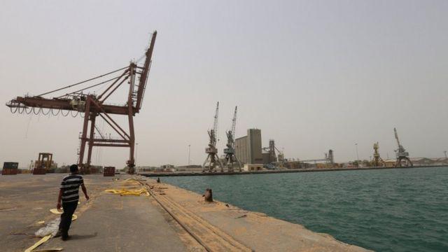 ميناء الحديدة اليمني
