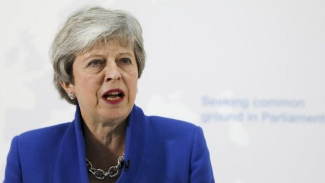 News Daily: Brexit offer and shoe giants on trade war
