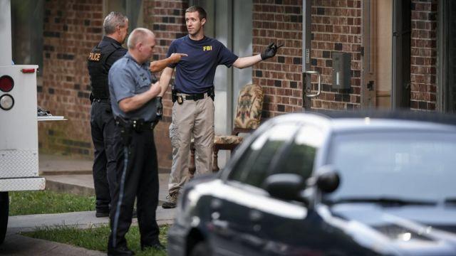 El FBI investiga una residencia en Kansas City, Missouri, en conexión con el ataque de Baton Rouge